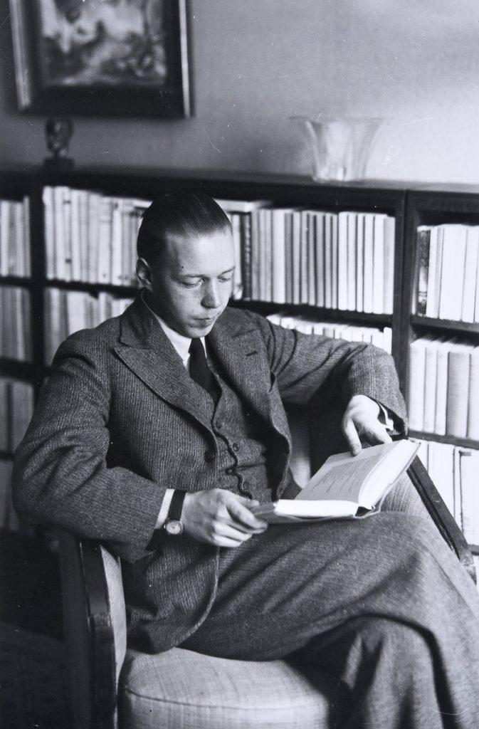 Kirjailija Mika Waltari. Kuvaaja Pietinen 1934. Museovirasto.